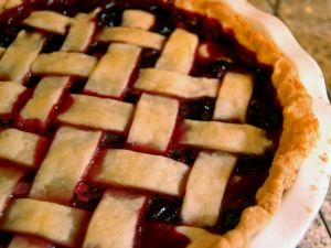 Grape pie (Wikimedia Commons photograph)