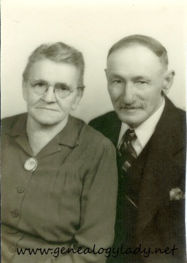 John and Lovina (Schiele) Yegerlehner (Roscoe's parents, c1946)