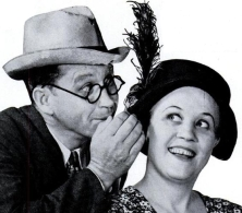 Fibber McGee and Molly, 1937 (Image via Wikipedia Commons)