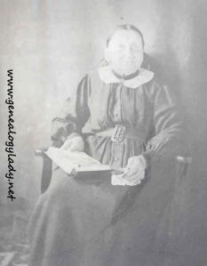 Elizabeth (Schwartz) Yegerlehner holding bible