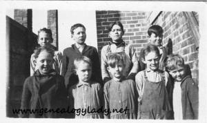 Schoolchildren - 1920s