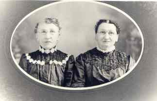 Elizabeth (Schwartz) Yegerlehner and her sister Sevilla Sheneman(Photograph courtesy of Eric Graham)