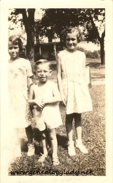 Yegerlehner, John with unknown girls - c1934-1935