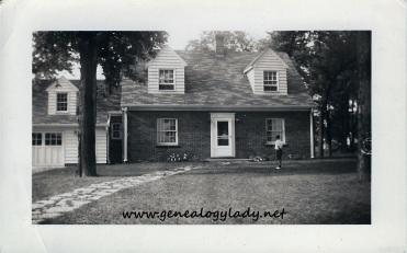 Yegerlehner home, E. Dunlop Street, Kentland, circa 1943
