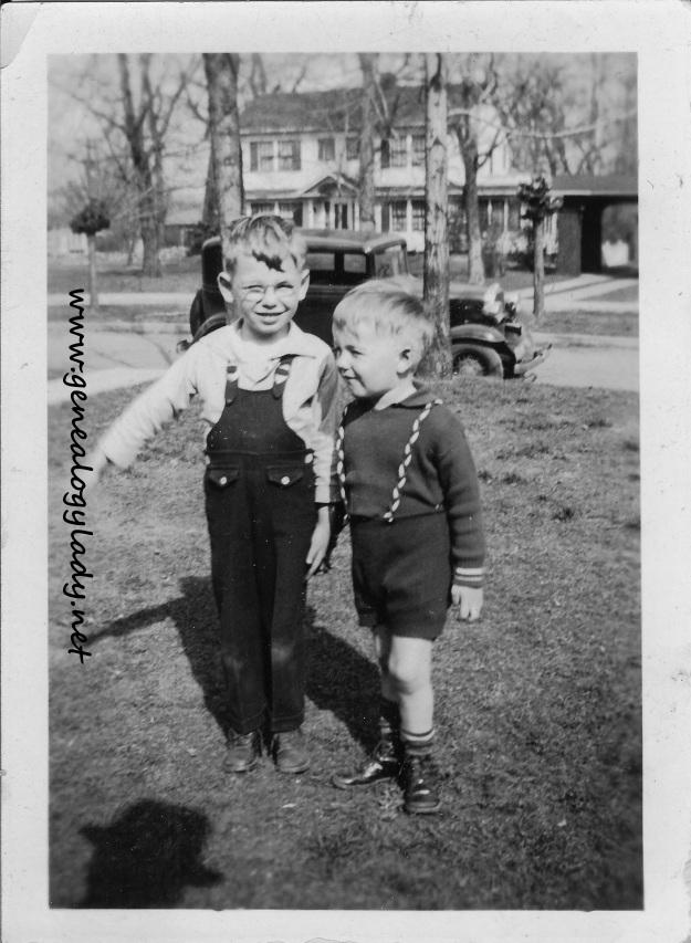 YEG1935 John & Mark
