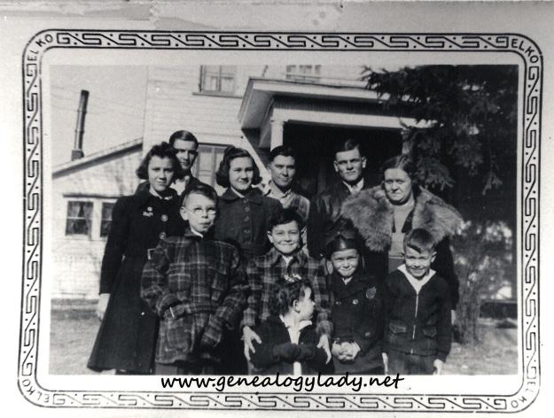 Yegerlehner - 1930s Cousins #1