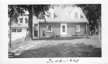 YEG1943-06 Dunlop Street house