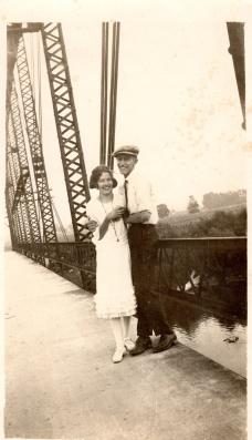 Raymond Yegerlehner with unknown girl, c1920 (Photograph courtesy of Steve Yegerlehner)