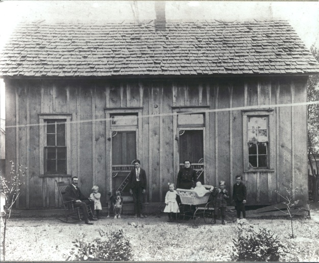 YEG1905 House at Eel River