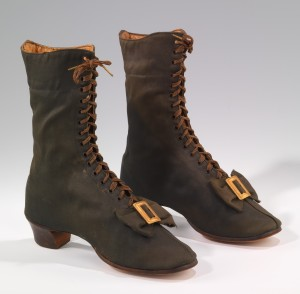Boots, 1860s, before the lasting machine