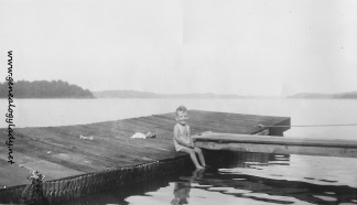 YEG1944-08-23 - David on dock