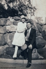 FOS1929 - Gladys with Jim